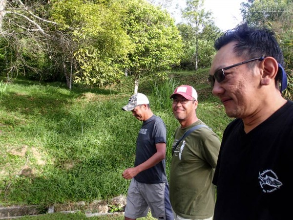 Marching to the restaurant, with Master Casting Instructor Yusaku-san and CCI Takayuki-san