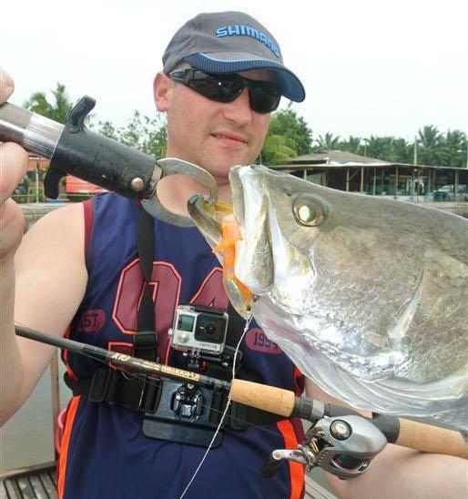 barramundi-sw-jurassic-saltwater-fishing-pond-malaysia-20150624-(19)