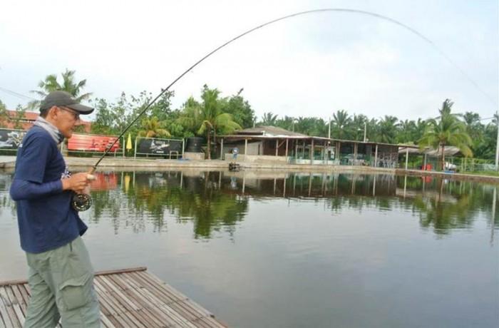 sw-jurassic-saltwater-fishing-pond-malaysia-20150624-(7)