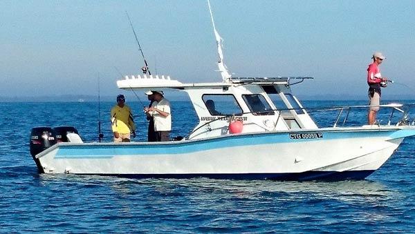 Kuala-Rompin-sailfish-boat