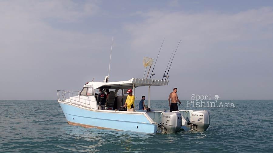 kuala-rompin-sailfish-fishing-charter_141014_3224