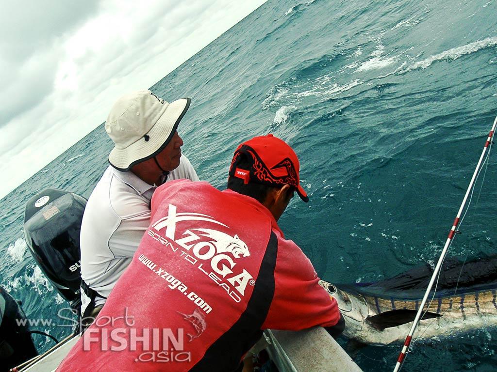 Kuala Rompin Sailfish fishing and the Kodak Playsport waterproof video camera