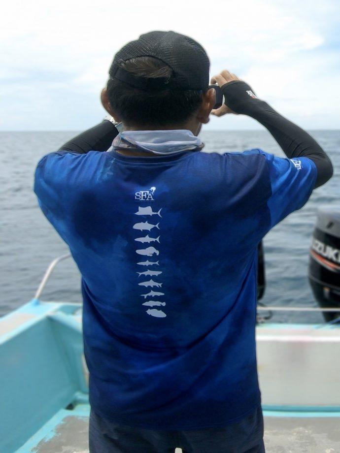 JW wearing the performance fishing t-shirt